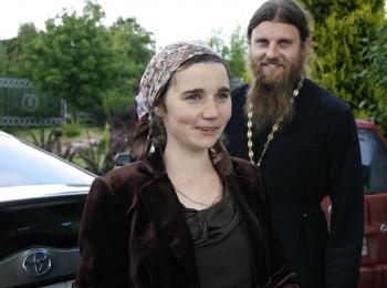 Отец Роман и матушка Елена