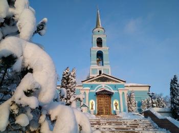 Покровский храм зимой